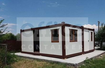Casa din trei containere cu dimensiunea de 6 x 3 m
